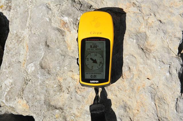 Geocaching device
